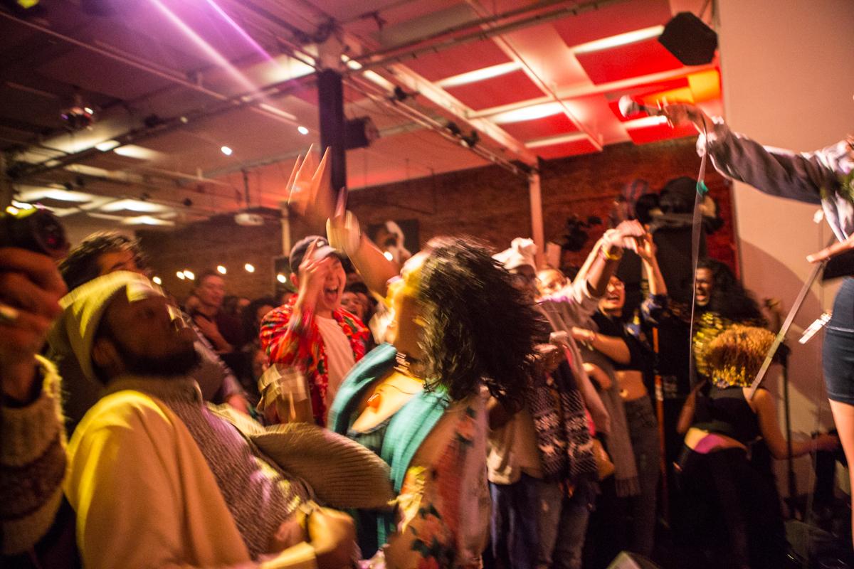 crowd  photographer Kinga Michalska